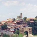 Церковь Сорок мучеников была воздвигнута в честь исторической победы над византийским императором Теодором Комнином.